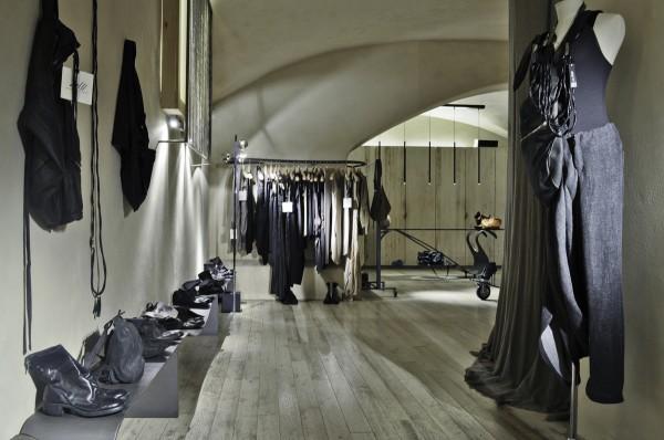 Pnp clothing store locator